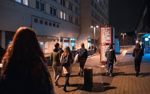 19-11-27-duul_celem-k-umeni_komentovana-prohlidka_transgas13