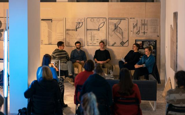 22-11-19-duul_moderovana_diskuze_07